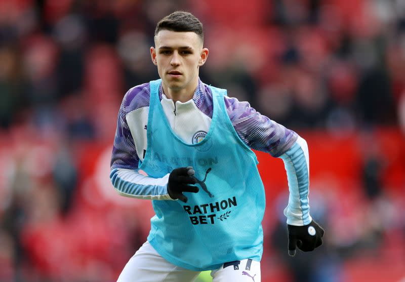 Manchester City's Phil Foden breaks distancing rules to play at beach