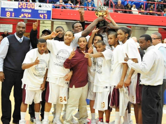 The 2010-11 Biondi County sectional champion boys basketball team — Flickr