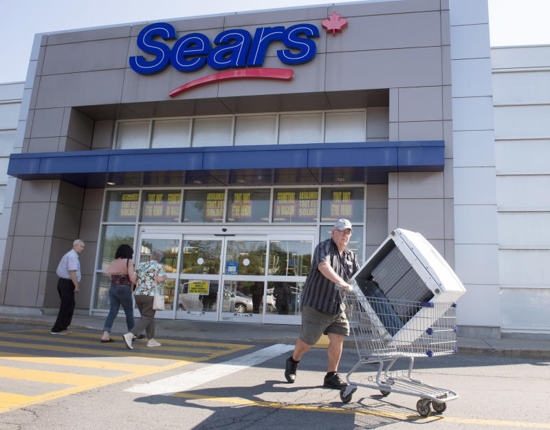 Sears Canada granted OK to liquidate remaining stores