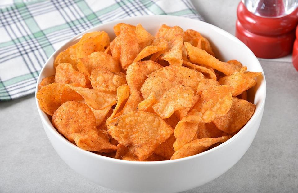 """<p>Sour cream and onion chips are popular, and barbecue chips pair wonderfully with burgers and sausages. But not everyone loves salt and vinegar chips or that funky new flavor you spotted at the grocery store. Make sure you bring a variety of chips that includes a plain option. Then, pair your chips with <a href=""""https://www.thedailymeal.com/easy-summer-salsa-and-dip-gallery?referrer=yahoo&category=beauty_food&include_utm=1&utm_medium=referral&utm_source=yahoo&utm_campaign=feed"""" rel=""""nofollow noopener"""" target=""""_blank"""" data-ylk=""""slk:the best summertime salsa and dips"""" class=""""link rapid-noclick-resp"""">the best summertime salsa and dips</a>.</p>"""