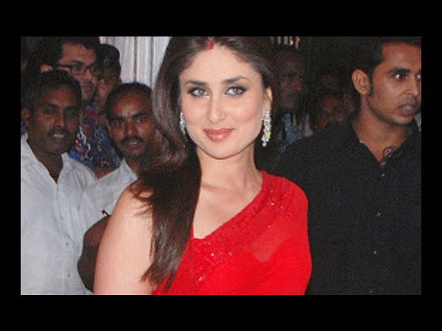 <b>7. Kareena Kapoor</b><br>Kareena Kapoor is known to have gone from chubby to a tiny size zero to a size that's definitely bigger than a zero, but sizes apart, this woman has her sense of fashion down to a tee. She doesn't have a particular style she subscribes to and dresses according to the occasion. She pulls off western clothes as well as Indian wear with equal aplomb. In fact, we think she absolutely nails the Indian look and like her best in sarees. This diva released her book Style Diary of a Bollywood Diva, earlier this year, and she even has a fashion line in association with Globus.