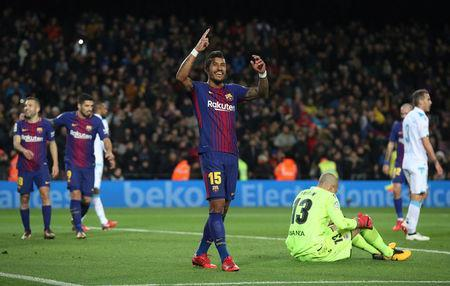 Soccer Football - La Liga Santander - FC Barcelona vs Deportivo de La Coruna - Camp Nou, Barcelona, Spain - December 17, 2017 Barcelona's Paulinho celebrates scoring their fourth goal REUTERS/Albert Gea