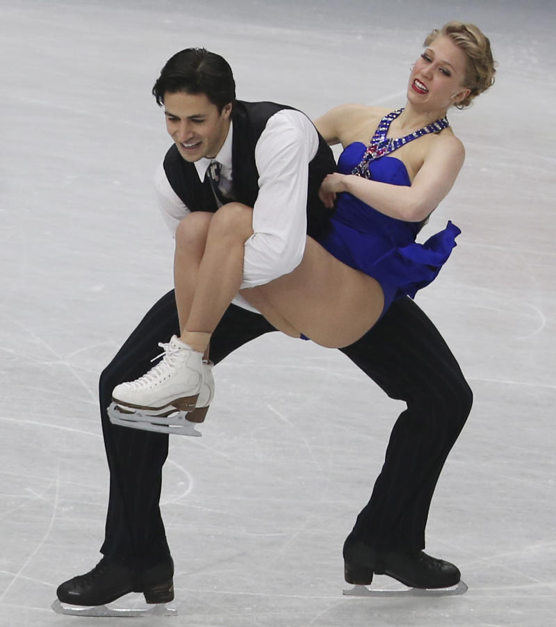 Cappellini, Lanotte win ice dance short program
