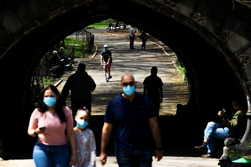 As Coronavirus Rages in US, New York Guards against Another Rise