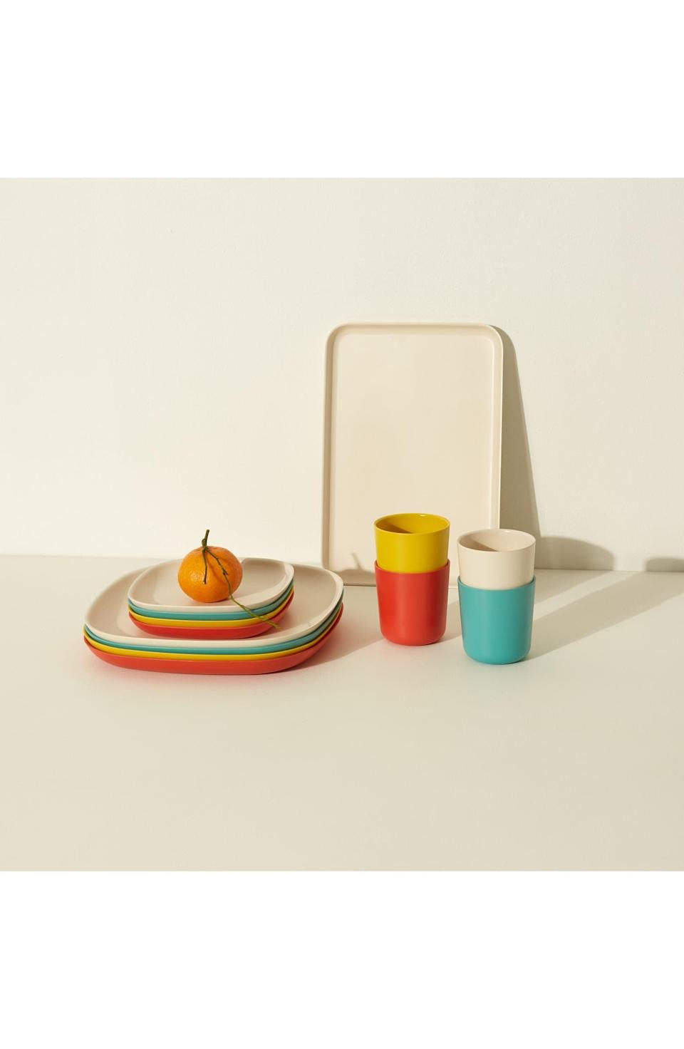 <p>This <span>Goodee x Ekobo 13-Piece Lunch Set</span> ($100) will make you smile.</p>