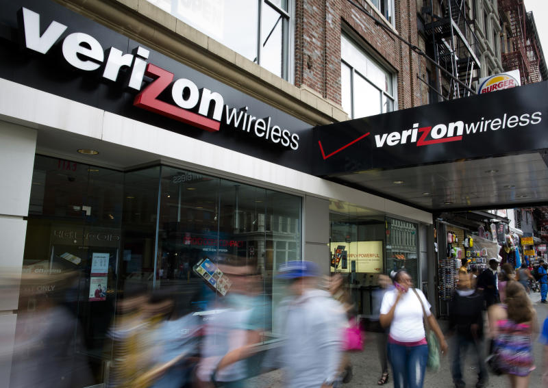 Verizon 3Q profit soars as number of devices grows