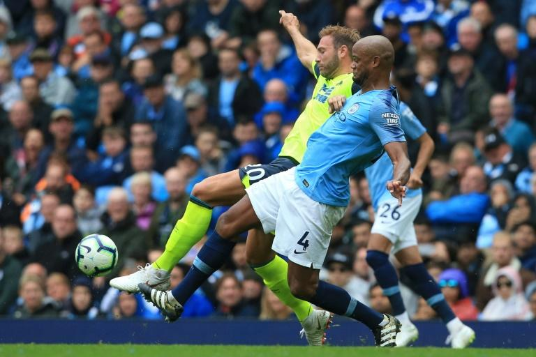 Manchester City's Belgian defender Vincent Kompany struggled against Wolves