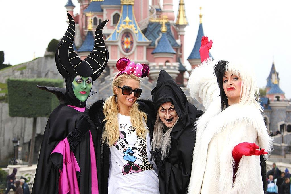 Paris hits Paris! The globe-trotting socialite made a stop at Disneyland in France on Tuesday where she posed with a few new pals. We're sure she's seen scarier characters at all those Hollywood clubs ... (October 18, 2011)