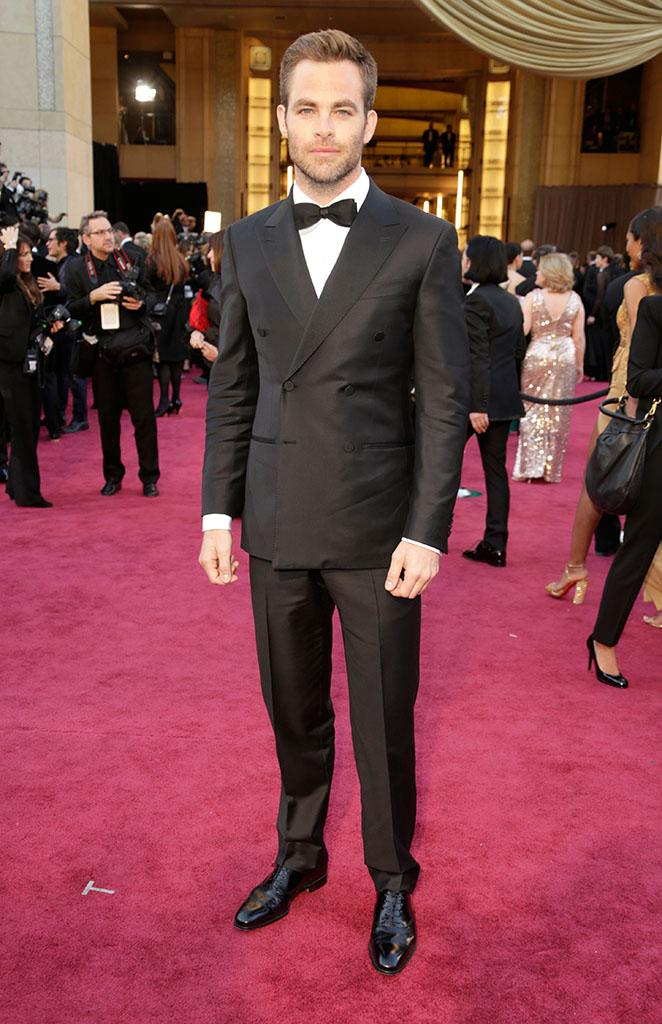 Chris Pine arrives at the Oscars in Hollywood, California, on February 24, 2013.