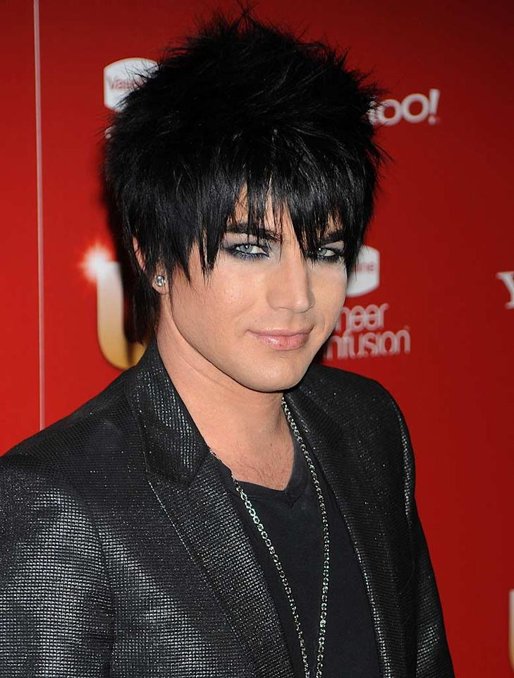 """We'll let Adam Lambert's overindulgence in guyliner slide, but we can't forgive him for his disastrous 'do. Jeffrey Mayer/<a href=""""http://www.wireimage.com"""" target=""""new"""">WireImage.com</a> - November 18, 2009"""