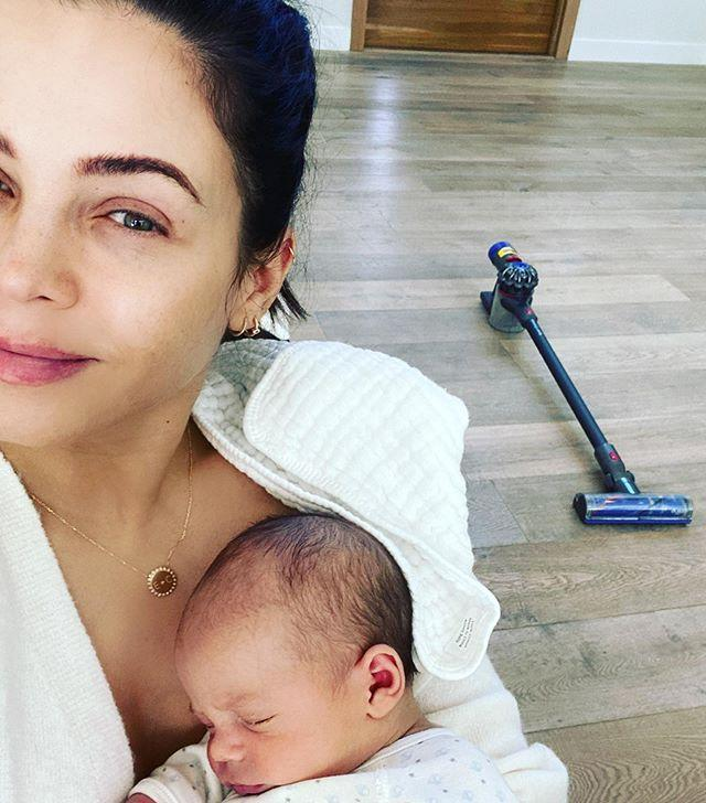 """<p>Jenna Dewan and Stave Kazee welcomed their little boy on March 6.</p><p><a href=""""https://www.instagram.com/p/B-iLg3GjCUi/"""" rel=""""nofollow noopener"""" target=""""_blank"""" data-ylk=""""slk:See the original post on Instagram"""" class=""""link rapid-noclick-resp"""">See the original post on Instagram</a></p>"""