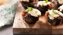 """<p>French onion soup INSIDE a veggie? Must be good.</p><p>Get the recipe from <a href=""""https://www.delish.com/cooking/recipe-ideas/a27327053/french-onion-mushrooms-recipe/"""" rel=""""nofollow noopener"""" target=""""_blank"""" data-ylk=""""slk:Delish"""" class=""""link rapid-noclick-resp"""">Delish</a>.</p>"""