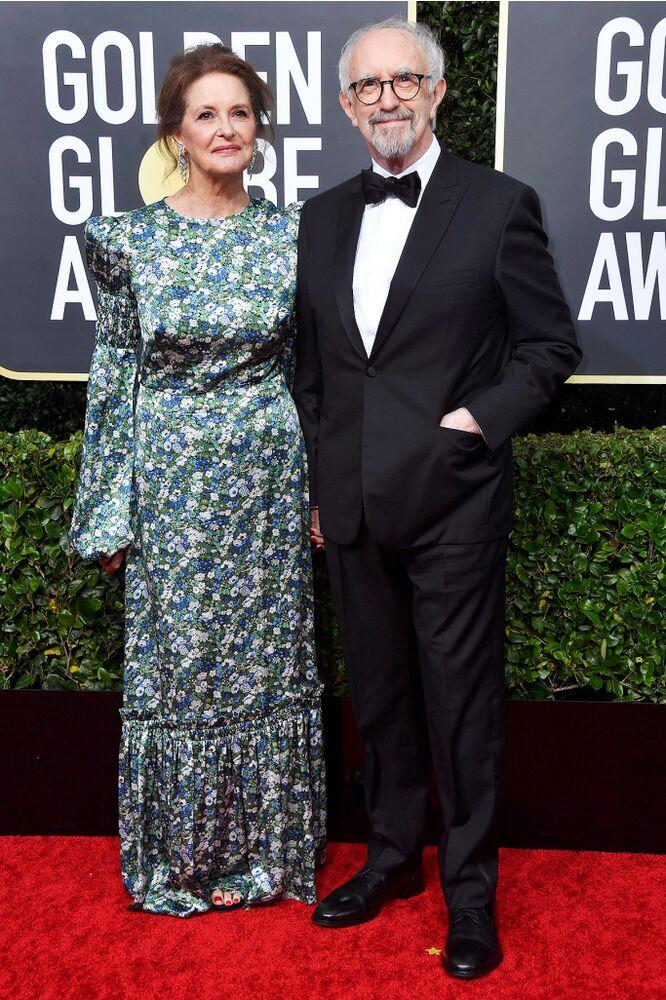 Jonathan Pryce with wife Kate Fahy at the Golden Globes. | Frazer Harrison/Getty