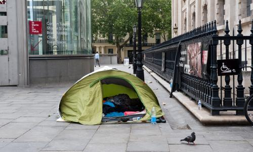UK distancing measures could leave homeless people out in cold, experts warn