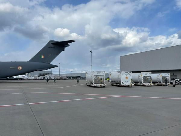 Indian Air Force C-17s are airlifting 4 cryogenic oxygen containers from Frankfurt. (File photo)