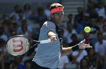 Australian Open slammed for heat policy