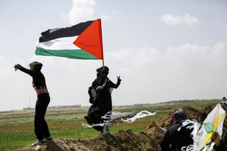 Israeli forces kill Palestinian journalist covering Gaza rally