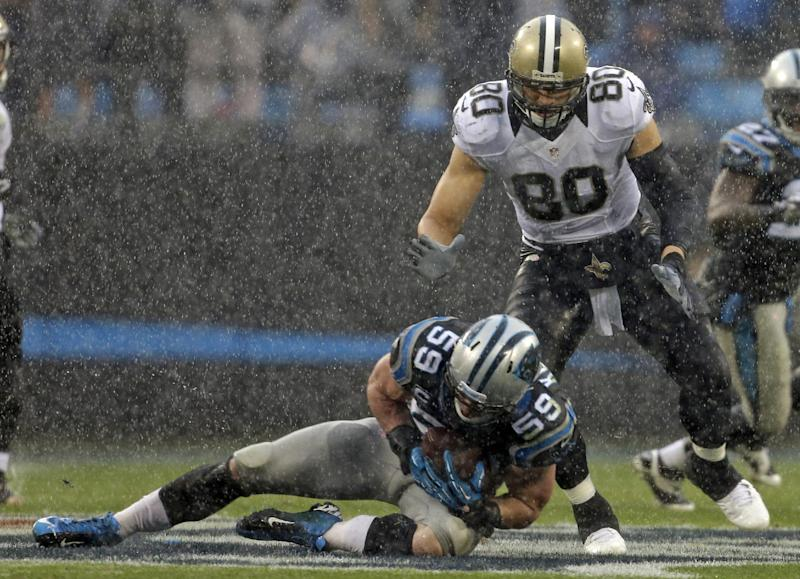 Panthers LB Kuechly ties NFL mark with 24 tackles