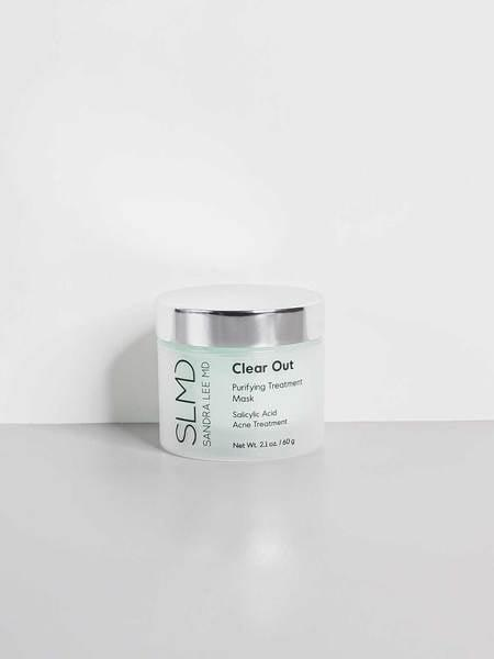 <p>The problem with some acne face masks is they can be really harsh and drying, but not the <span>SLMD Clear Out Mask</span> ($34). The mask doesn't dry to a hard finish, meaning it doesn't get tight and uncomfortable after a few minutes of wear. </p>