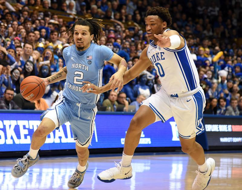 North Carolina Tar Heels guard Cole Anthony (2) drives to the basket as Duke Blue Devils forward Wendell Moore Jr. (0) defends. (USA Today)