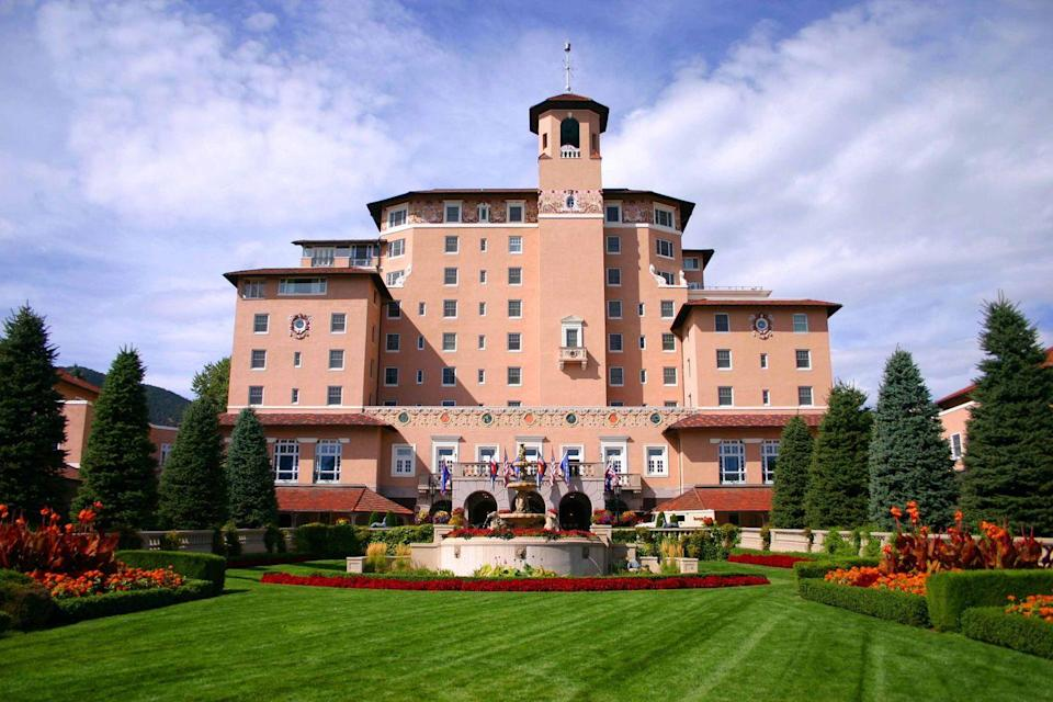"<p>If you'd like to have a relaxing mountain vacation without the pressure to hit the slopes all day, Colorado Springs is the perfect option for a Valentine's Day vacation. We adore <a href=""https://www.broadmoor.com/"" rel=""nofollow noopener"" target=""_blank"" data-ylk=""slk:the Broadmoor"" class=""link rapid-noclick-resp"">the Broadmoor</a>, the iconic resort that blends the spirit of the American West with luxurious Mediterranean flair. </p><p>The best part about spending Valentine's Day at The Broadmoor is that there's something for every type of couple, from a fabulous spa to golfing and wilderness adventures. There is also a wide variety of accommodations, including brownstones and cottages to feel like it's just the two of you. Book the Romantic Getaway package which includes sparkling wine and chocolate-covered strawberries the first night of turn-down service, dinner credits for one of their spectacular restaurants, and a discount on suites. </p>"