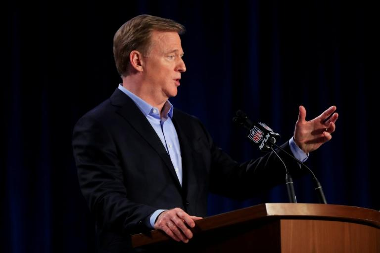 NFL against virus 'bubble', aim to finish season on schedule