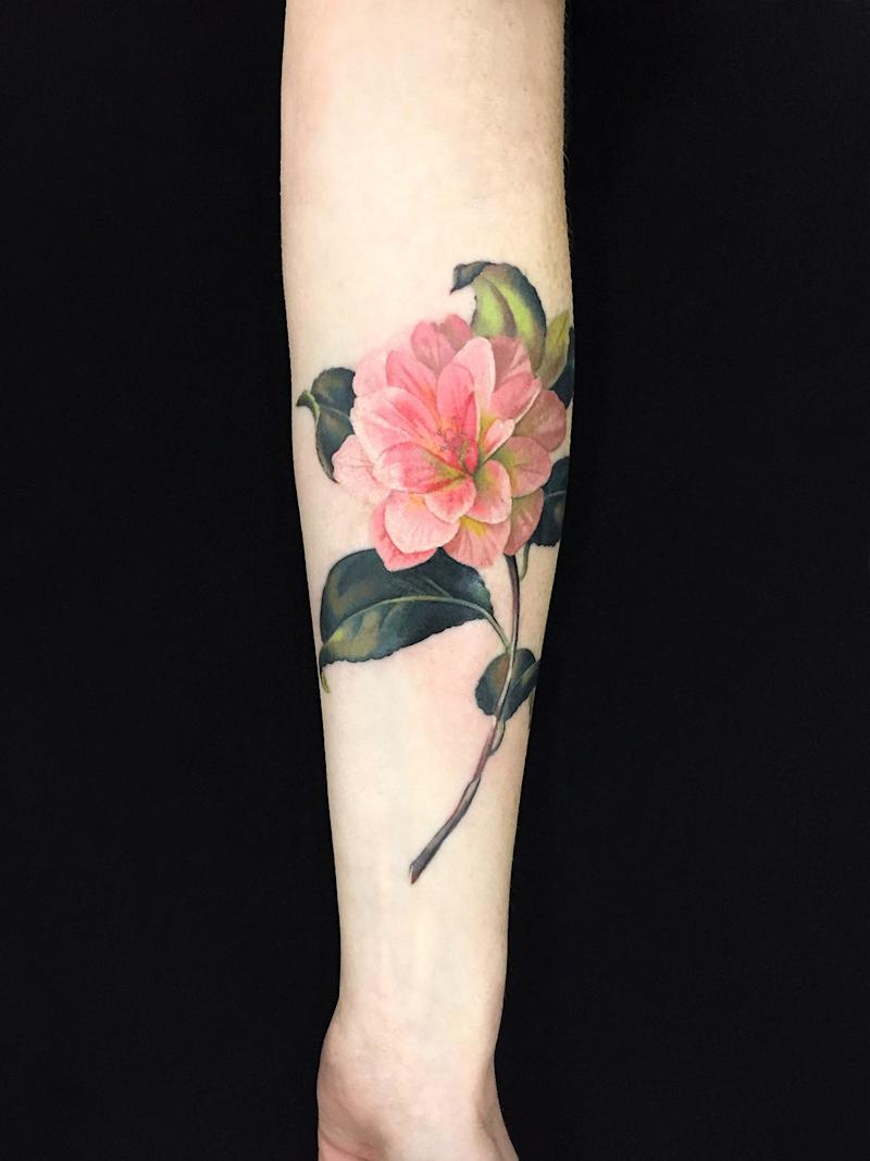 Dutch Master for a new age: a floral tattoo by Wachob.