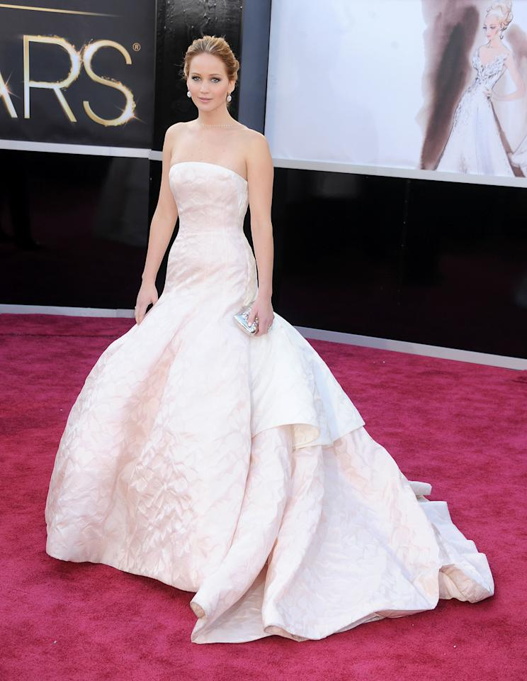 The lady of the hour, Jennier Lawrence dazzled in this Dior Haute Couture gown at the Oscars.