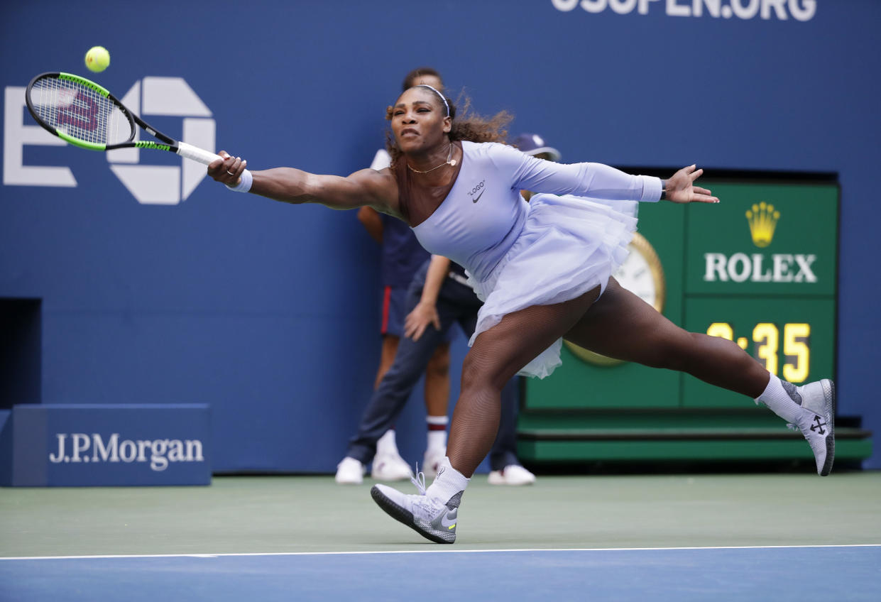 """<a class=""""link rapid-noclick-resp"""" href=""""/olympics/rio-2016/a/1132744/"""" data-ylk=""""slk:Serena Williams"""">Serena Williams</a> held on for the win after an easy first set vs. Kaia Kanepi at the U.S. Open.(AP Photo)"""