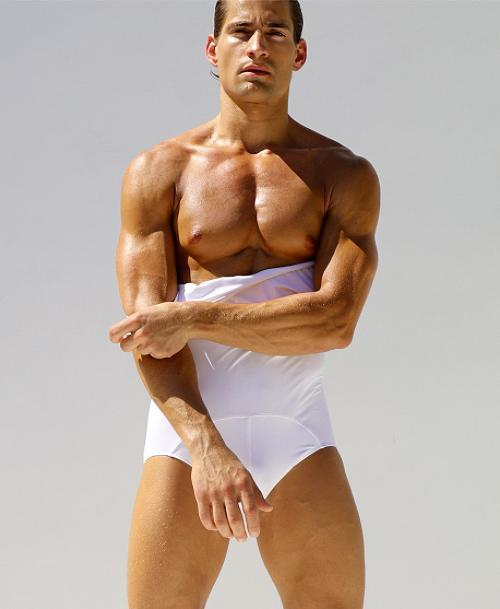 <p>The undergarment contains lycra, is double layered and has a contoured front pouch — so dudes can be comfortable and stylish at the same time. <em>(Photo: Rufskin) </em> </p>