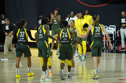 Loyd scores 20 points, Storm beat Lynx for 2-0 series lead