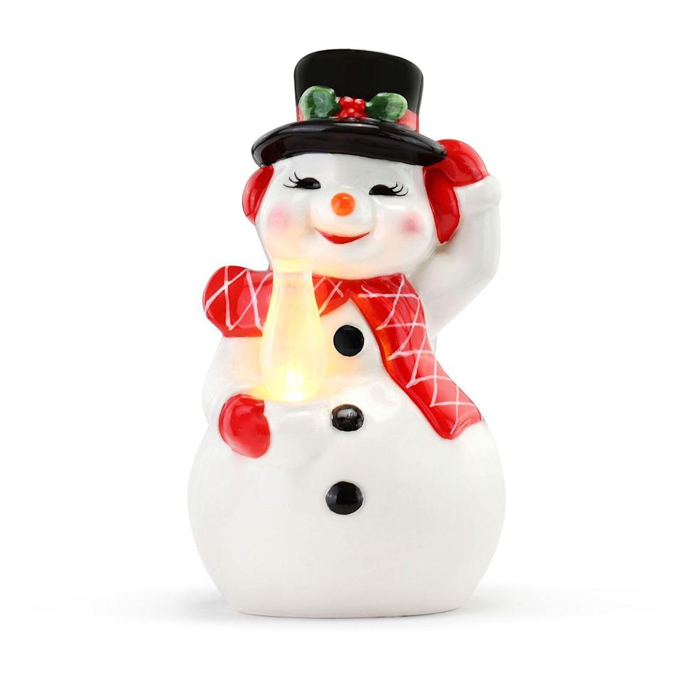 """<p><strong>Mr Christmas</strong></p><p>kohls.com</p><p><strong>$34.99</strong></p><p><a href=""""https://go.redirectingat.com?id=74968X1596630&url=https%3A%2F%2Fwww.kohls.com%2Fproduct%2Fprd-4659315%2Fmr-christmas-snowman-table-decor.jsp&sref=https%3A%2F%2Fwww.goodhousekeeping.com%2Fholidays%2Fchristmas-ideas%2Fg29074410%2Fbest-christmas-blow-molds%2F"""" rel=""""nofollow noopener"""" target=""""_blank"""" data-ylk=""""slk:Shop Now"""" class=""""link rapid-noclick-resp"""">Shop Now</a></p><p>This five-inch snowman is equipped with a four-hour timer and is perfect for any small space in your home.</p>"""