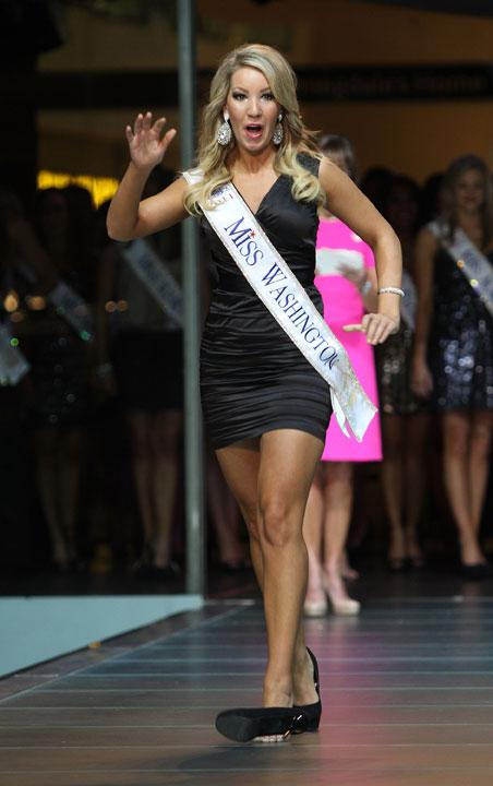 LAS VEGAS, NV - JANUARY 07:  2012 Miss America  Pageant contestant Miss Washington Brittney Henry walks the runway at the Fashion Show Mall on January 7, 2012 in Las Vegas, Nevada.  (Photo by Marcel Thomas/FilmMagic)