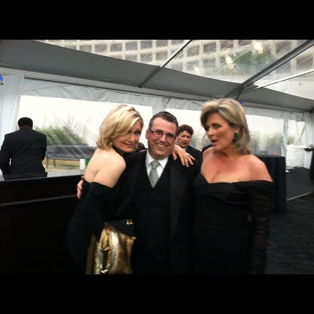 Yahoo! News David Chalian surrounded by legendary newswomen at the Yahoo/ABC party. #WHCD #NerdProm