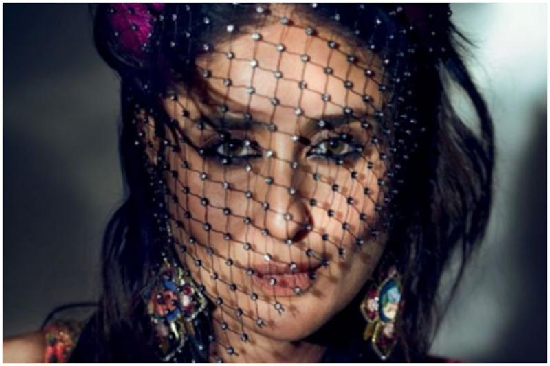 Kareena Kapoor Khan Is A Sight To Behold In Latest Photoshoot, See Pics