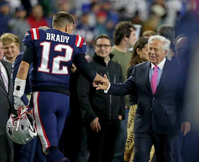 Tom Brady and Robert Kraft shake hands as the Patriots take on the Giants at Gillette Stadium on Oct. 10, 2019. (Stuart Cahill/MediaNews Group/Boston Herald)
