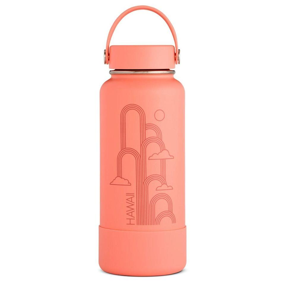 """<p><strong>Hydro Flask</strong></p><p>hydroflask.com</p><p><a href=""""https://go.redirectingat.com?id=74968X1596630&url=https%3A%2F%2Fwww.hydroflask.com%2Fhawaii-limited-edition-32-oz-wide-mouth-bottle&sref=https%3A%2F%2Fwww.runnersworld.com%2Fgear%2Fg32969897%2Fhydro-flask-sale-50-percent-off%2F"""" rel=""""nofollow noopener"""" target=""""_blank"""" data-ylk=""""slk:Shop Now"""" class=""""link rapid-noclick-resp"""">Shop Now</a></p><p><del>$47.95</del><strong><br>$35.96</strong></p><p>What's cooler than being cool? Ice cold. Thanks to its wide mouth, this bottle allows you to easily add some ice cubes to your already chilly beverage.</p>"""