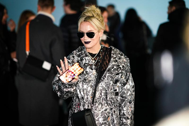 PARIS, FRANCE - JANUARY 18: Lily Allen attends the Dior show, during Paris Fashion Week - Menswear F/W 2019-2020 on January 18, 2019 in Paris, France. (Photo by Edward Berthelot/Getty Images)