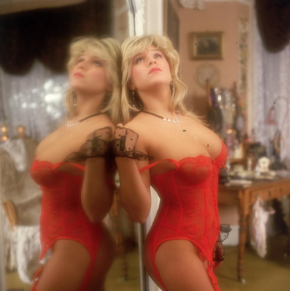 Samantha Fox pictured in 1982. (Photo by Peter Barry/Keystone/Getty Images)