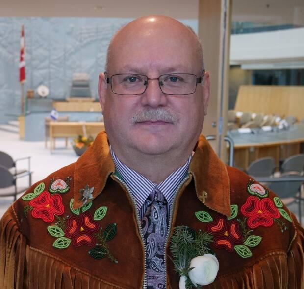 A file photo of Minister of Environment and Natural Resources Shane Thompson at the N.W.T. Legislative Assembly. Thompson says recent illegal hunting on winter roads around Yellowknife has left him 'very upset.' (Mario De Ciccio/Radio-Canada - image credit)
