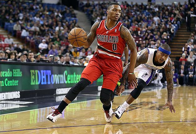 Respect due: Damian Lillard scores 14 points in 49 seconds, but Blazers' comeback bid against Kings falls short (Video)