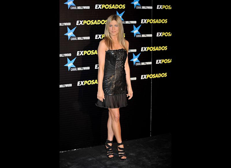 MADRID, SPAIN - MARCH 30: Actress Jennifer Aniston attends 'Exposados' (The Bounty Hunter) premiere at the Callao cinema on March 30, 2010 in Madrid, Spain. (Photo by Carlos Alvarez/Getty Images)