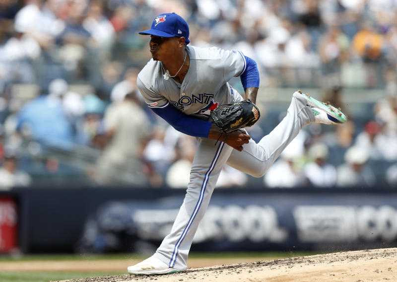 NEW YORK, NEW YORK - JULY 14: (NEW YORK DAILIES OUT) Marcus Stroman #6 of the Toronto Blue Jays in action against the New York Yankees at Yankee Stadium on July 14, 2019 in New York City. The Yankees defeated the Blue Jays 4-2. (Photo by Jim McIsaac/Getty Images)