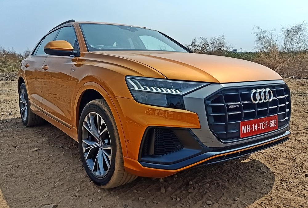 The front in particular is aggressive, due to its massive grille. The gaping air-intakes and the slim LED headlamps just look stunning.