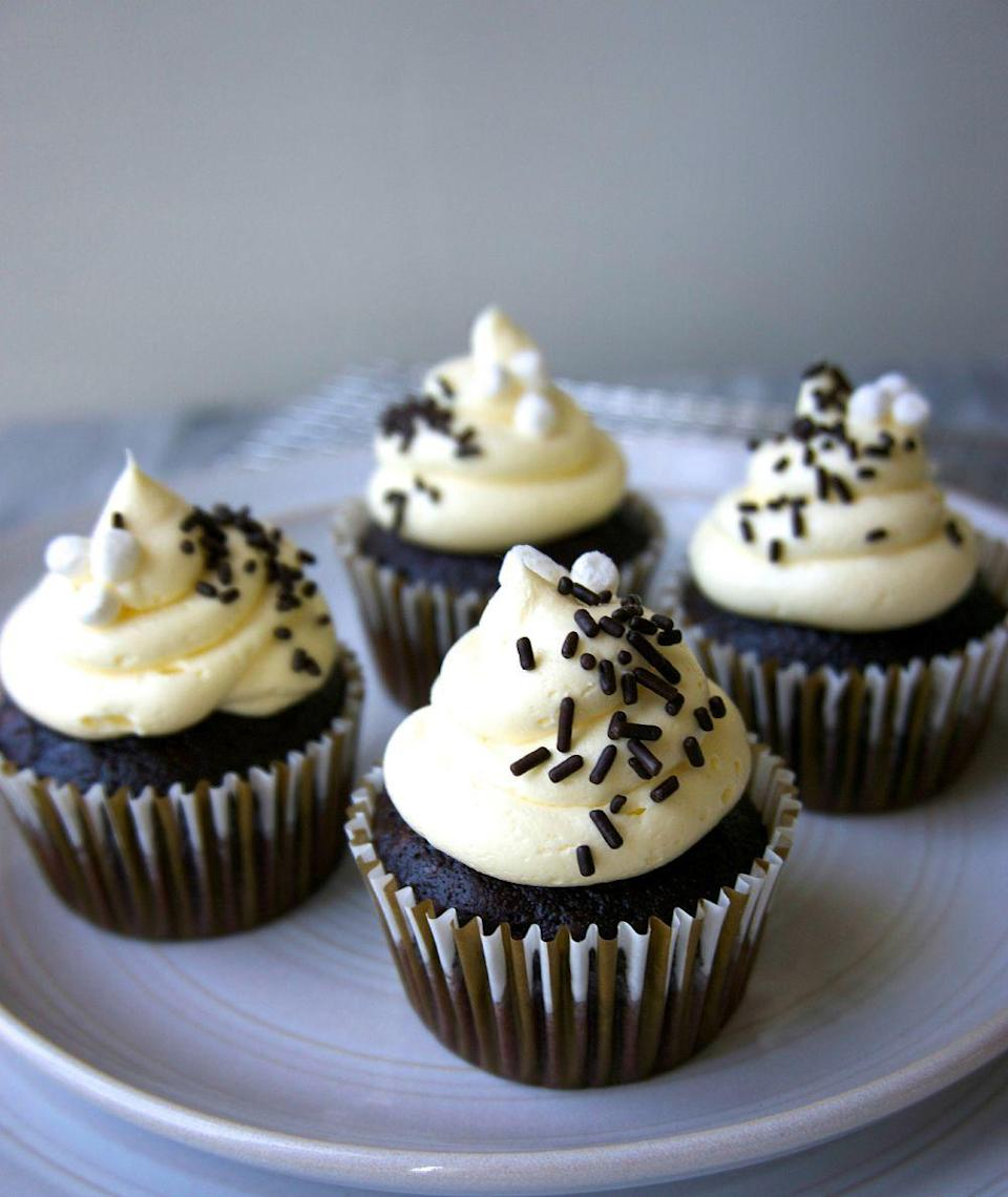 """<p>Espresso powder and sweet marshmallow buttercream are our secret ingredients to the best chocolate cupcakes you'll ever have.</p><p>Get the recipe from <a href=""""https://www.delish.com/cooking/recipe-ideas/recipes/a43400/best-ever-chocolate-cupcakes-recipe/"""" rel=""""nofollow noopener"""" target=""""_blank"""" data-ylk=""""slk:Delish"""" class=""""link rapid-noclick-resp"""">Delish</a>.</p>"""