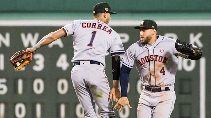 Astros get 10th straight win with defeat of Red Sox