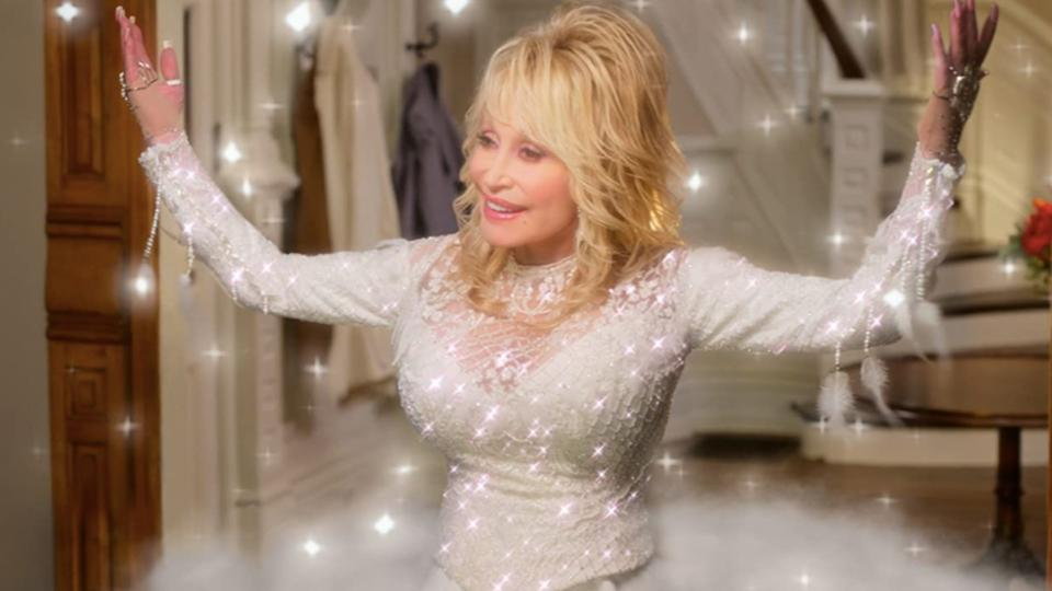Dolly Parton in Dolly Parton's Christmas on the Square
