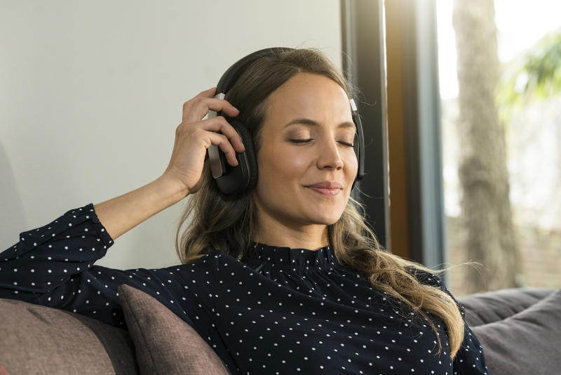 Jam to your favorite tunes for free. (Photo: Getty Images)