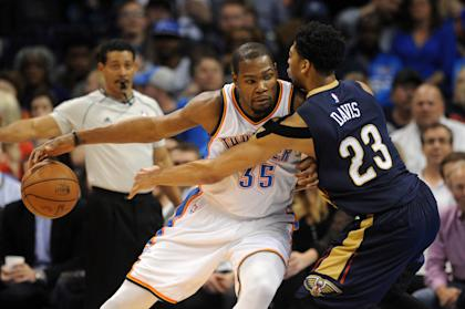 Oklahoma City's Kevin Durant works against New Orleans' Anthony Davis. (Mark D. Smith-USA TODAY Sports)