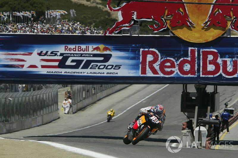 """Nicky Hayden (3)<span class=""""copyright"""">Gold and Goose / Motorsport Images</span>"""